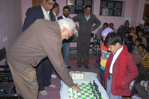 Ashok Khana -Vice president of Youth Hostel inaugurates Chess competition held at Ajit Foundation