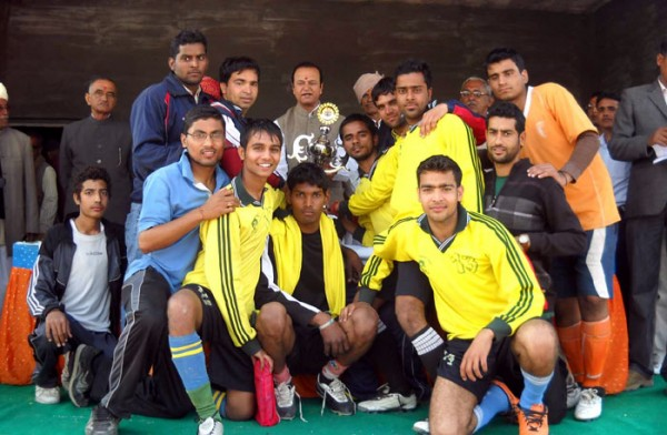 Bhimsen Chaudhary Memorial Football Trophy to Bikaner Team