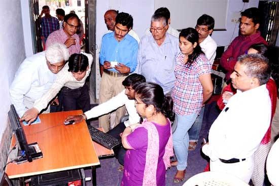 Voters Information Center Established at Major Thomas School