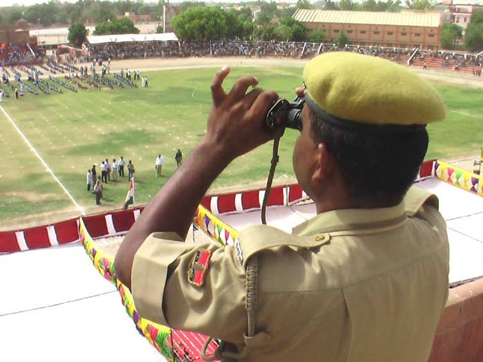Adminstration & Police Officers at Dr. Karni Singh Stadium on the occasion of 60th Independence Day