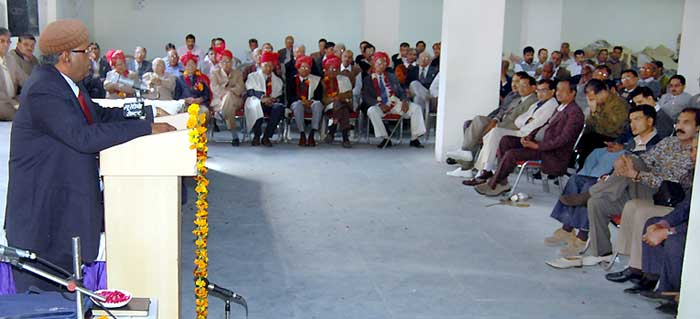 Justice G. K. Vyas  addressing to advocates in a functiona held by Bikaner Bar Association