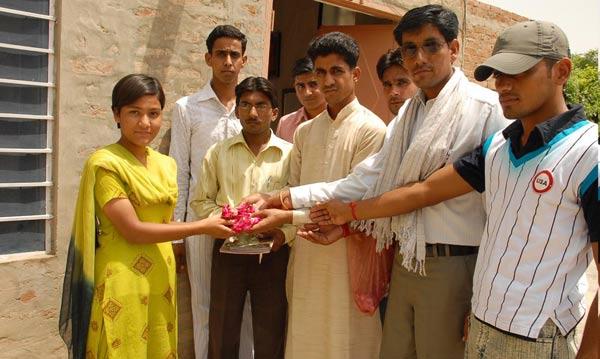 Award to Ms. Reena Yadav by ABVP