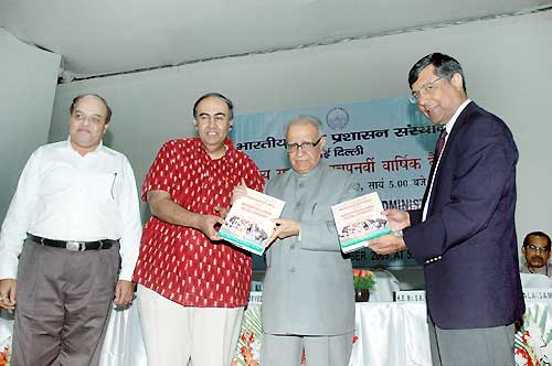 Former Governor TN Chaturvedi released a Fifty Years of Panchayati Raj and Decentralized Development
