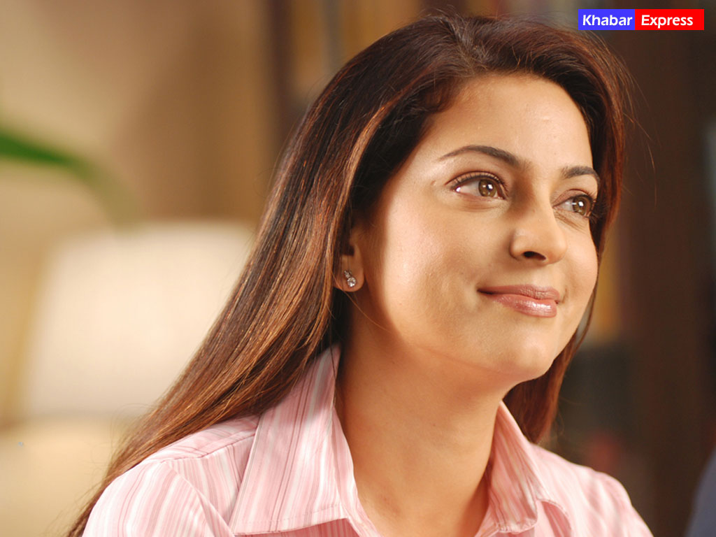 Juhi Chawla Cute Wallpapers