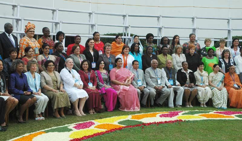 The Speaker, Lok Sabha, Shri Somnath Chatterjee and Union Minister for Information & Broadcasting