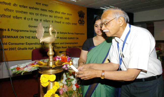 The Chairman, National Statistical Commission, Dr. Suresh D.Tendulkar lighting the lamp to inaugurat
