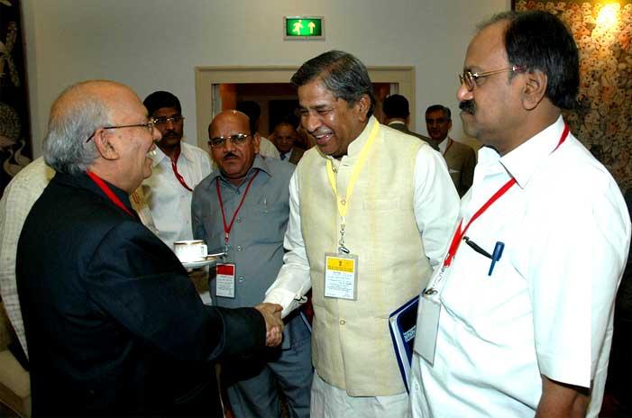 Ghanshyam Tiwari with Union Law Minister Shri Hans Raj Bharadwaj