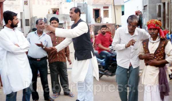 During Voter Encouragement program a Street Play perform by artist at Bikaner