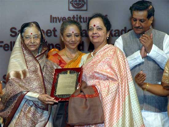 President Patribha Patil awarded Kathak Dancer Priyanks Shrimali