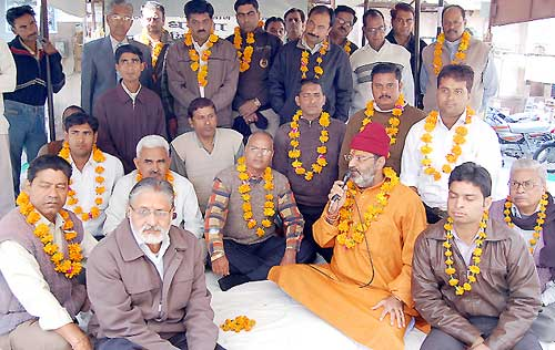 Religious leader Rameshwaranand supported demand of High court bench in Bikaner