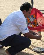 puja offering to lord ganesha on war chod na yaar Film set