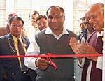Socialist Indrakumar Purushottam Puglia inaugurating laboratory at district Hospital Bikaner