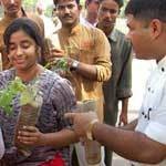 Celebrating Environment Day by distributing 2500 plants in Bikaner