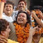 Raja Hasan warm welcomed at reaching home town Bikaner