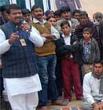 Youth BJP leader Surendra Singh Shekhawat at Shekhsar Village during his Gram Jagaran Yatra