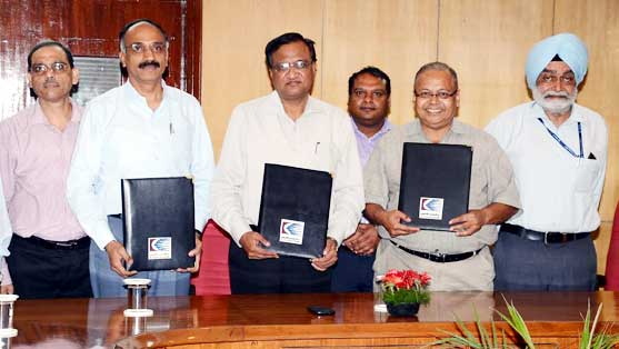 MOU exchanged by DRM & CMD of CONCOR for Solar Plant at Ajmer and Udaipur Railway Station
