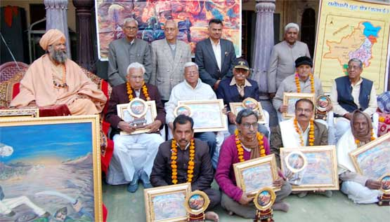Swami Vishokanand Bharati and Rati Ghati Award winners
