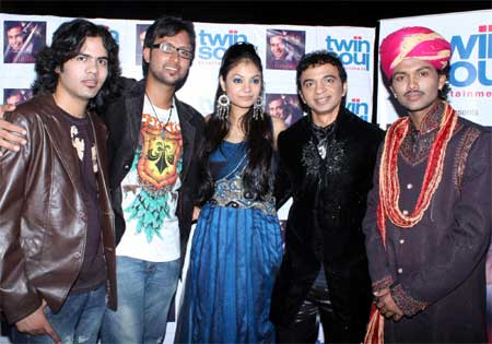 Indian Idol - 5 Contestant - Swaroop Khan, Sarosh Swami and other