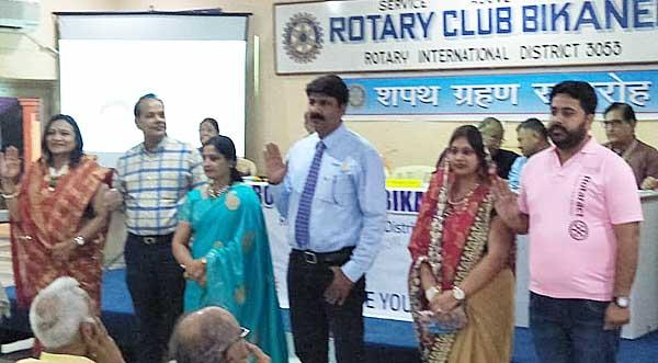 Sanjay Chhimpa, Vinay Harsh, Srirm Singh of Rotary Club Bikaner